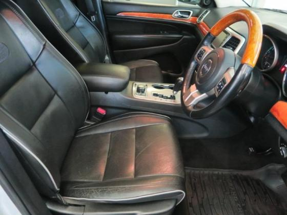 2011 Jeep Grand Cherokee 3.6L Overland For Sale in Paarl, Western Cape