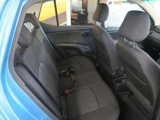 2016 Hyundai i10 1.1 Motion For Sale in Paarl, Western Cape