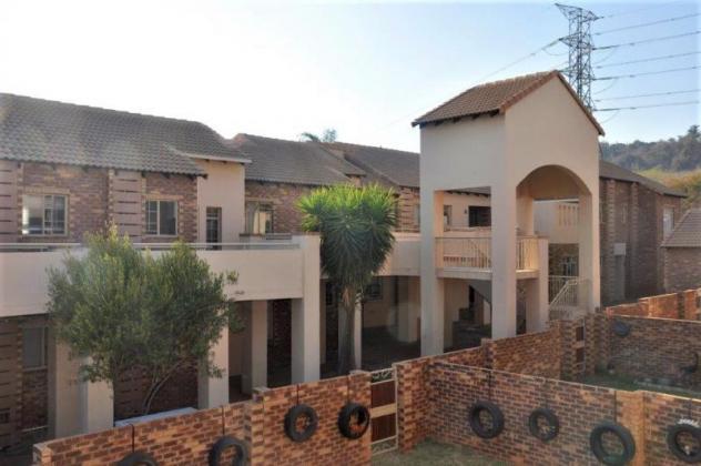 2-Bedroom First Floor Apartment For Sale in Olympus AH, Faerie Glen. in Faerie Glen, Gauteng