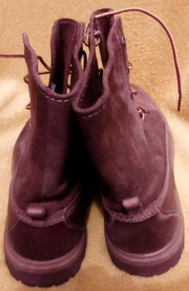 TIMBERLAND LEATHER BOOT (SIZE 6)