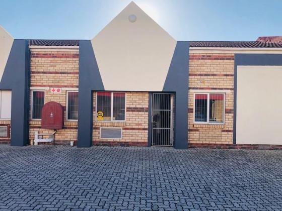 Warehouse near Airport in Port Elizabeth, Eastern Cape