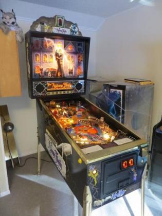 Addams Family Gold edition Pinball machine in Centurion, Gauteng
