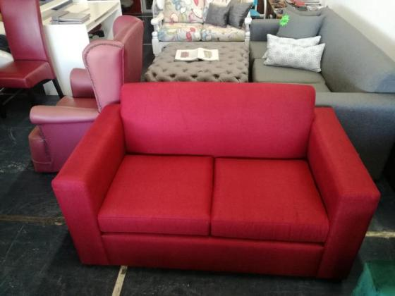 Two seater couches on sale in Bellville, Western Cape