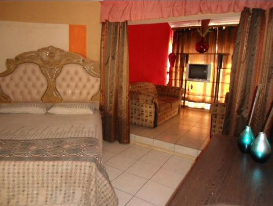 Upmarket and Furnished Bachelor Flat in Centurion for Rent in Centurion, Gauteng