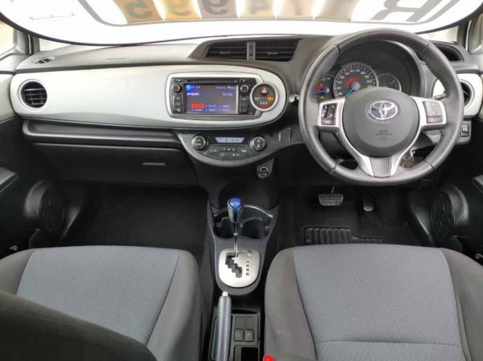 2013 Toyota Yaris 5-Door XS HSD For Sale