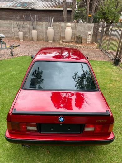 1989 E30 BMW 325i Serious offers only
