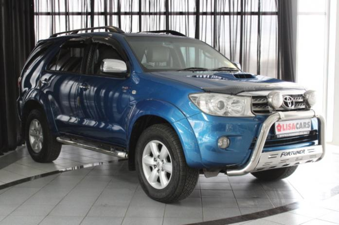 Toyota Fortuner 3.0 D4D 4X4VA/T in Edenvale, Gauteng