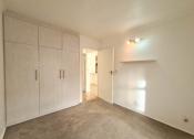 Clean 2 Bed Apartment in Rondebosch