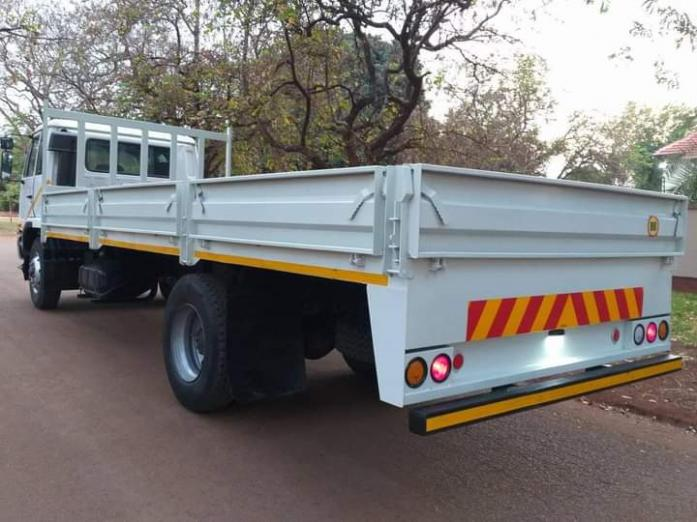Nissan ud 80 in Upington, Northern Cape
