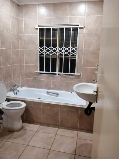 Secure and immaculate 2 Bedroom Duplex to rent with private entrance in Norkem Park, Gauteng